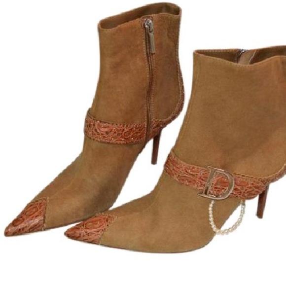 31755366b7 Dior Ankle Boots Logo D Pearl Loop Beige